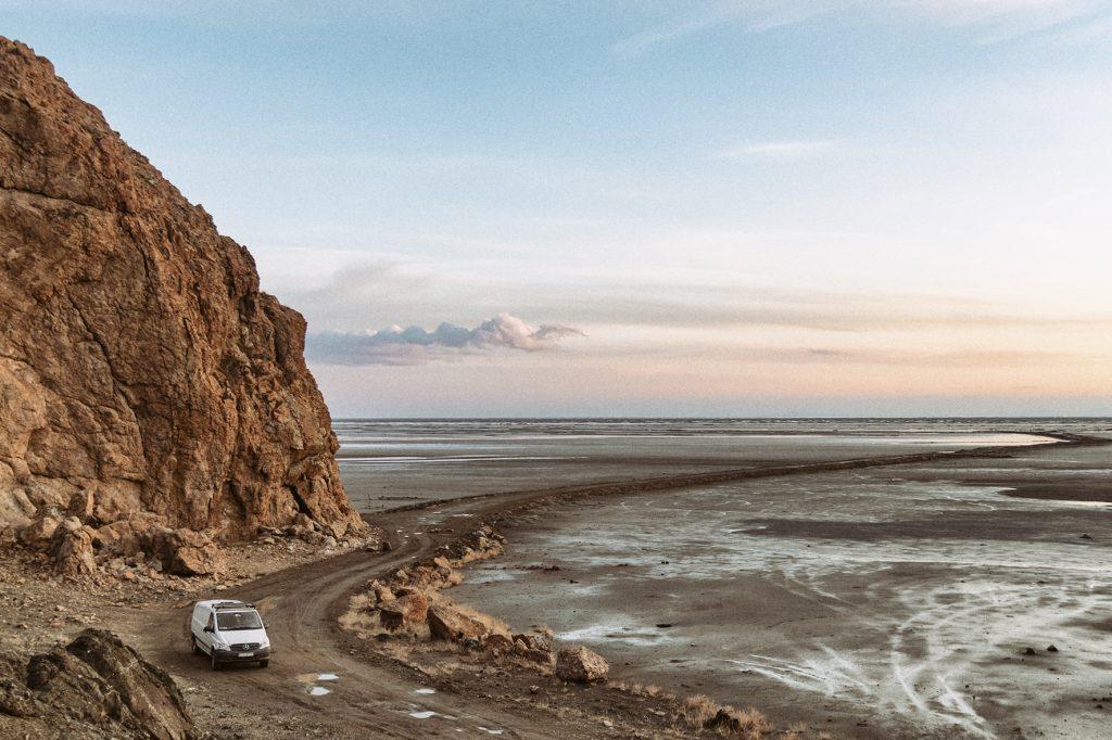 on-the-road-magdalena-menzinger-iran-orumiyeh-victor